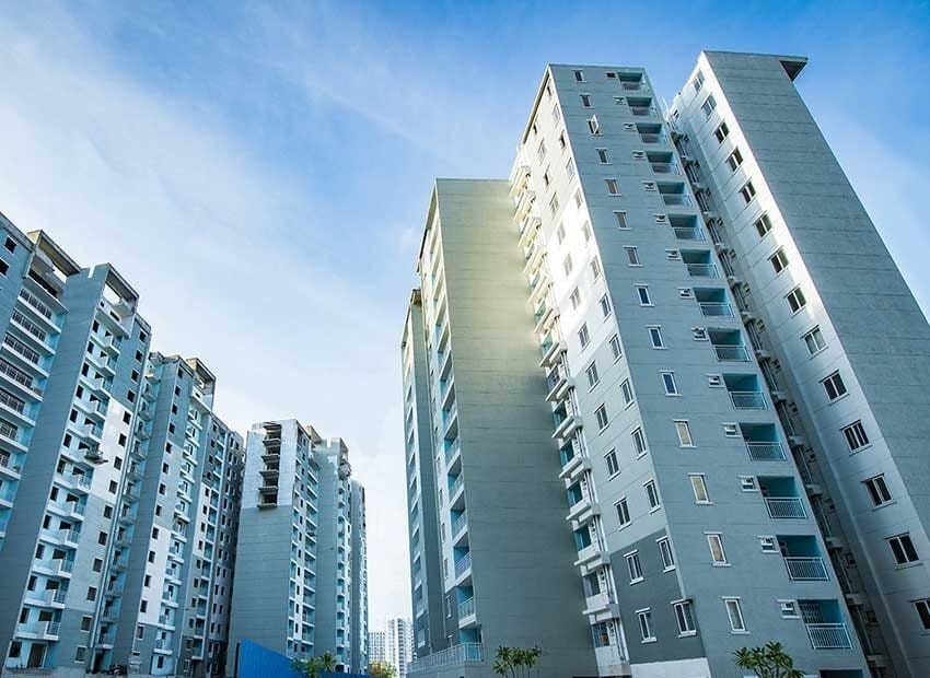 3BHK FLATS FOR IMMEDIET SALE IN SJR BLUE WATERS